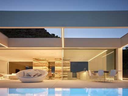 Casa / Vila de 691m² with 400m² Jardim em aluguer em Los Monasterios