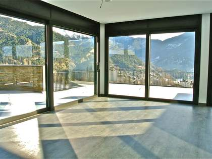 Luxury apartment with garden for sale in La Massana, Andorra