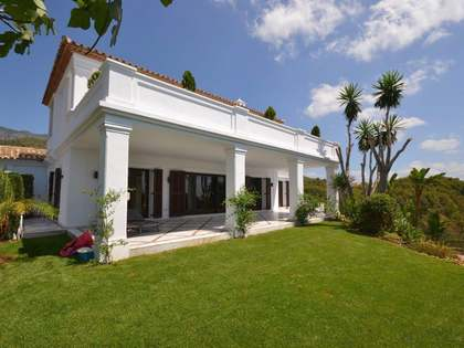 Casa / Villa di 470m² con giardino di 1,187m² in vendita a Golden Mile