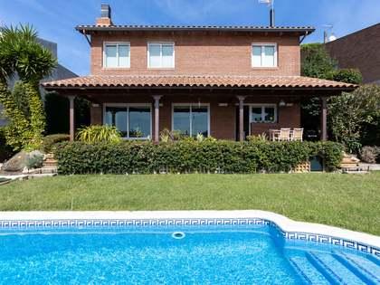Huis / Villa van 336m² te koop in Premià de Dalt, Barcelona