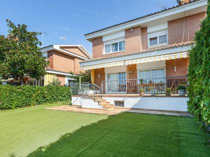 350m² House / Villa for sale in Teià, Barcelona