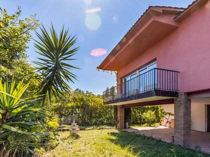 Casa / Vila de 476m² à venda em Cabrils, Barcelona