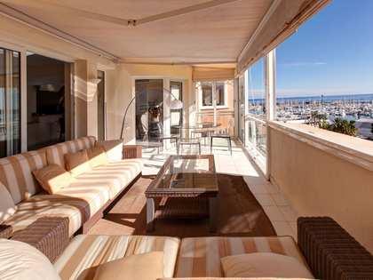 Квартира 200m², 20m² террасa на продажу в Dénia