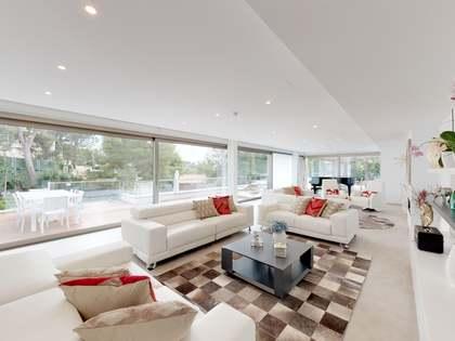 Casa / Vil·la de 925m² en venda a Bellamar, Barcelona