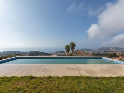 330m² House / Villa for sale in Lloret de Mar / Tossa de Mar