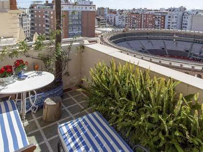 230m² Penthouse with 20m² terrace for sale in Sant Francesc