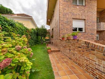 Huis / Villa van 377m² te koop in Pozuelo, Madrid