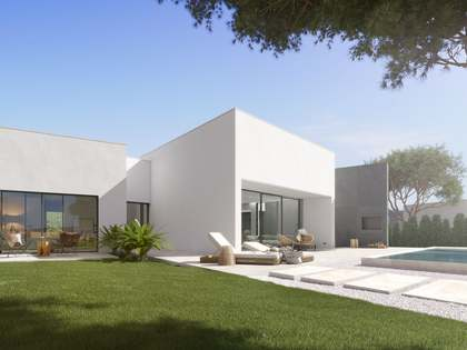 300m² House / Villa with 77m² terrace for sale in Alicante ciudad