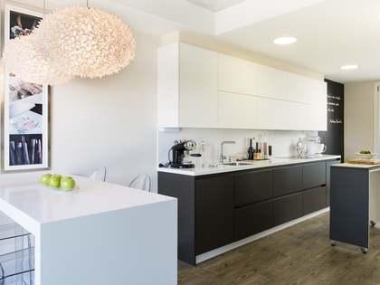 213m² Lägenhet med 15m² terrass till salu i Vigo, Galicia