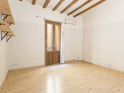 63m² Apartment for sale in El Born, Barcelona