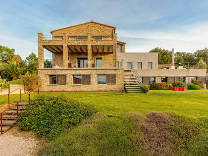 506 m² country house for sale in El Gironés, Girona