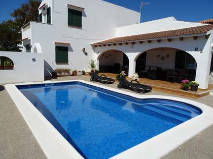 在 Ciudadela, 梅诺卡岛 130m² 出售 豪宅/别墅 包括 32m² 露台