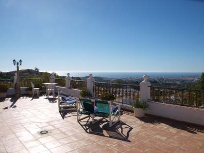 550m² villa with 2,137m² garden for sale in Mijas