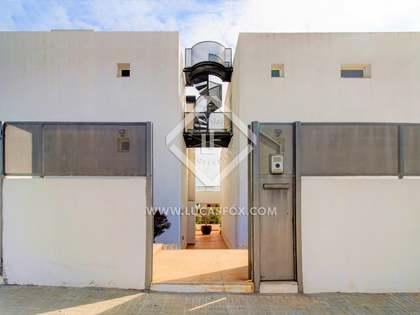 618m² Haus / Villa zum Verkauf in Costa Dorada, Tarragona