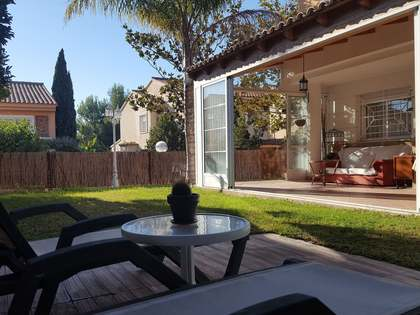 178m² House / Villa with 15m² terrace for sale in Godella / Rocafort