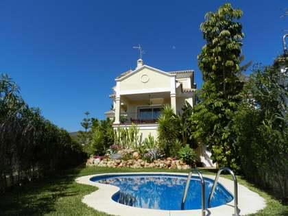 Villa en venta en Benahavís, Marbella, con vistas al mar