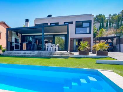 183m² House / Villa for sale in Sant Pere Ribes, Barcelona