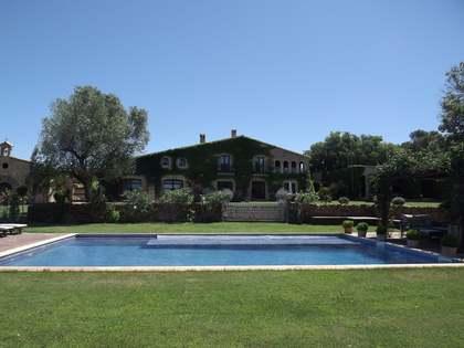 Huis / Villa van 900m² voor de korte termijn verhuur in Baix Emporda