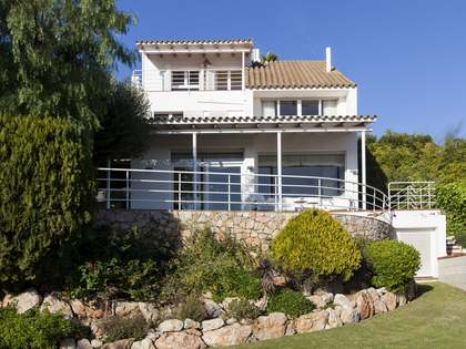 5-bedroom family house for sale in Vallpineda, Sitges