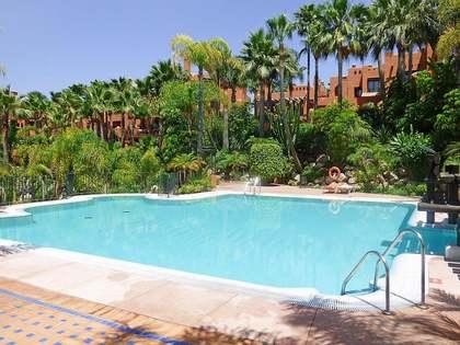 Apartamento de 174m² con terraza en venta en Nueva Andalucía