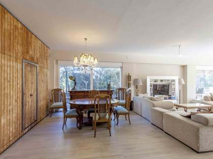 483 m² villa for sale in Godella