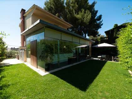 272m² House / Villa with 600m² garden for sale in Montemar