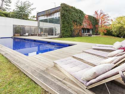Designer house for sale in Bellaterra