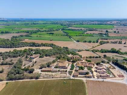 730m² House / Villa for sale in Baix Empordà, Girona