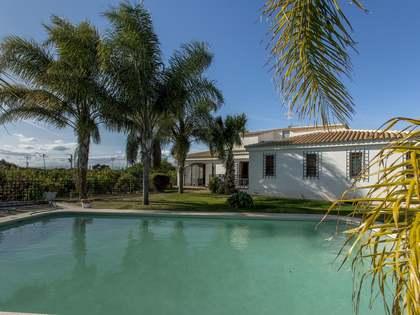 350m² Haus / Villa zum Verkauf in Bétera, Valencia