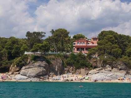 684m² Hus/Villa till salu i Playa de Aro, Costa Brava