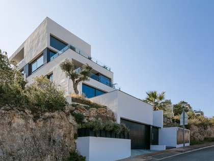 350m² House / Villa for sale in Sant Pere Ribes, Barcelona