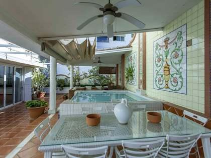 Appartement van 347m² te koop met 150m² terras in Extramurs
