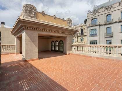 204m² Takvåning med 171m² terrass till salu i Eixample Höger