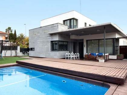 在 卡斯特利德费尔斯/加瓦海边, 巴塞罗那 415m² 出售 豪宅/别墅