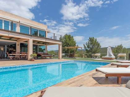 390m² House / Villa for sale in San José, Ibiza