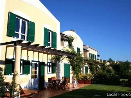 Huis / Villa van 240m² te koop in Cascais & Estoril
