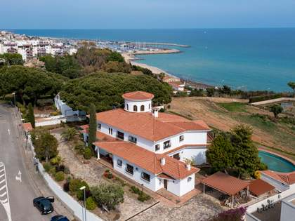 642m² House / Villa for sale in Alella, Barcelona
