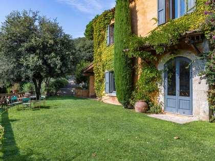 400m² Hus/Villa med 24,600m² Trädgård till salu i Sant Andreu de Llavaneres