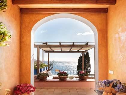Casa / Villa di 209m² in vendita a Llafranc / Calella / Tamariu