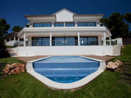 Luxury villa for sale in Bendinat, Bay of Palma, Mallorca