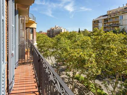 54m² Apartment for sale in Eixample Right, Barcelona