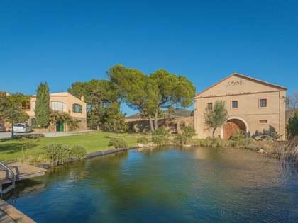 Huis / Villa van 790m² te koop in Alt Emporda, Girona