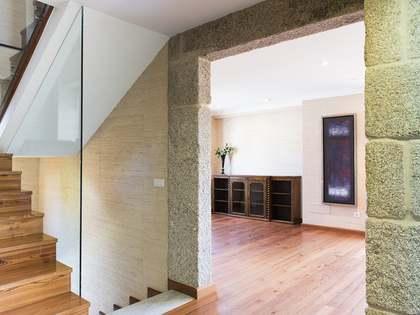 Maison / Villa de 350m² a louer à Vigo, Galicia