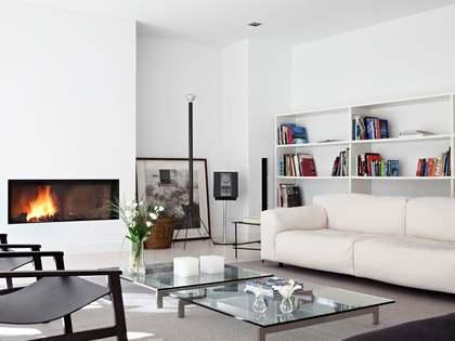 Casa / Villa de 500m² con 1,200m² de jardín en venta en Pozuelo
