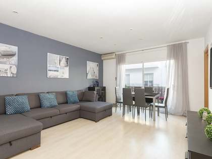 79m² Apartment with 13m² terrace for sale in Sitges Town