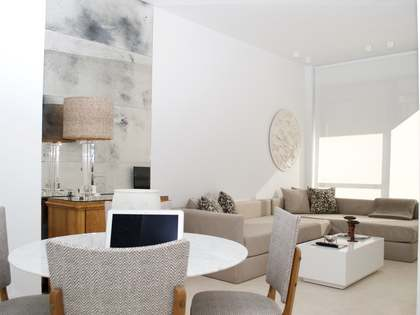 Stunning contemporary apartment to buy in Cortes, Madrid