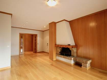 115 m² apartment with a terrace for rent in Andorra la Vella
