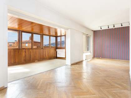 197 m² apartment for sale in Tres Torres, Barcelona