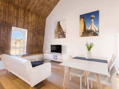 65 m² apartment for sale in Eixample Right, Barcelona