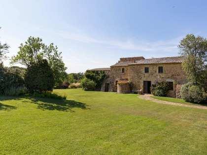 Casa / Villa di 900m² in vendita a Baix Emporda, Girona